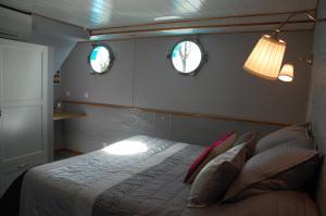 chambre confort, pension à Maconge, chambres individuelles
